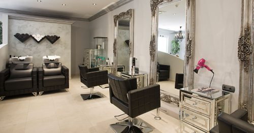 Hairdressers and Stylists at El Oceano Beauty Salon on the Costa del Sol