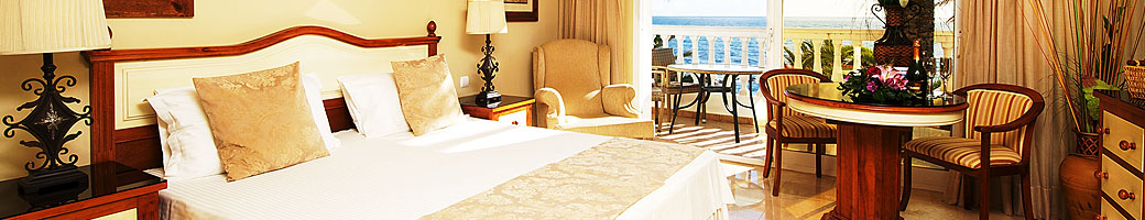 Mini Suites - Four Star Accommodation at El Oceano Hotel between Marbella and La Cala de Mijas