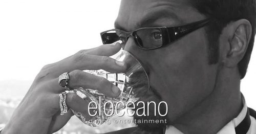 Thomas John Henry, Dining Entertainment at El Oceano Beach Restaurant, Costa del Sol, Spain 3