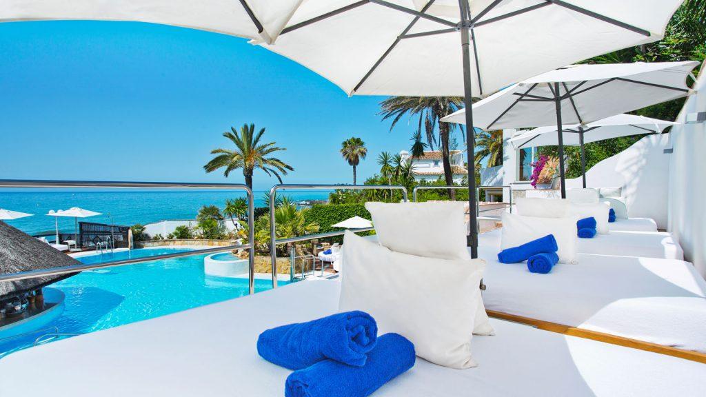 El Oceano Hotel, Restaurant, Cocktail Lounge, VIP Sunbeds, Costa del Sol, 2017 - Slider 01