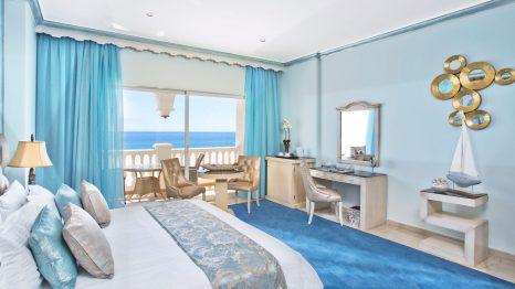 El Oceano Hotel, Restaurant, Cocktail Lounge, VIP Sunbeds, Costa del Sol, 2017 - Slider 02