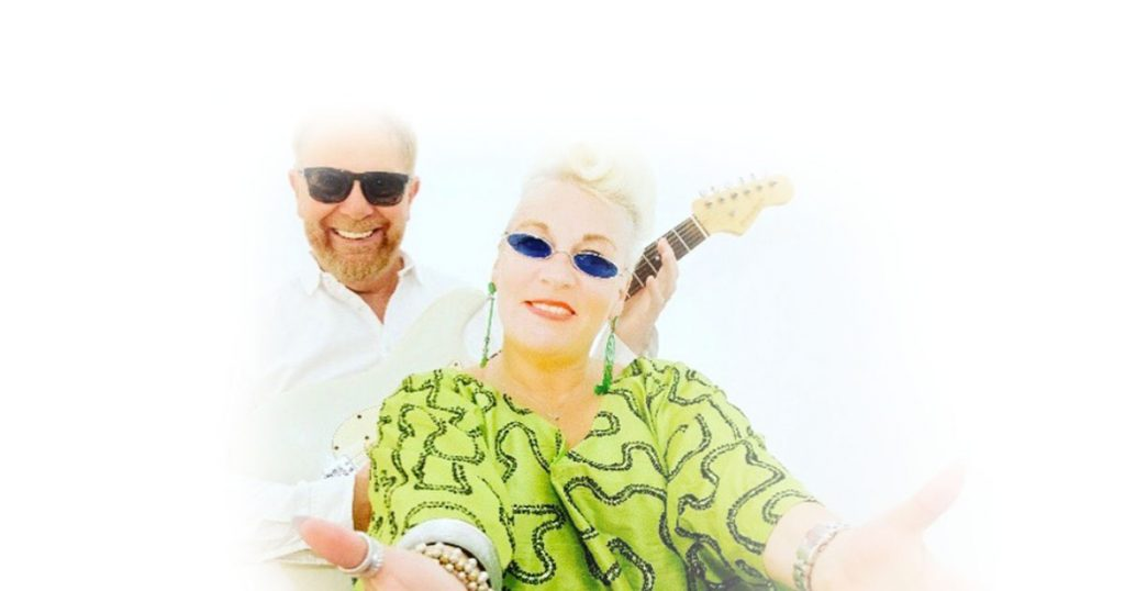 Masquerade Duo Dining Entertainment El Oceano Beach Hotel Mijas Costa spain OG02