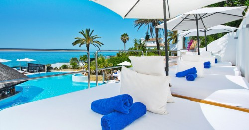 Easter Holidays at El Oceano Beach Hotel - OG2