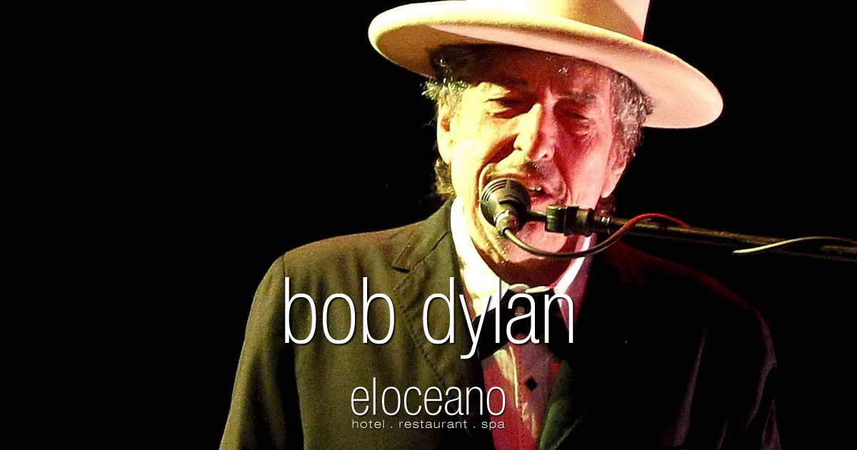 Bob Dylan in Concert Fuengirola Sohail Castle - El Oceano Luxury Holiday Spain OG01