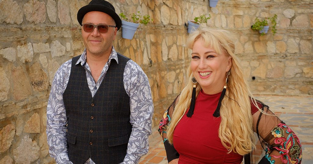 Zing Duo Live Music Entertainment El Oceano Luxury Beach Hotel Mijas Costa Spain OG05